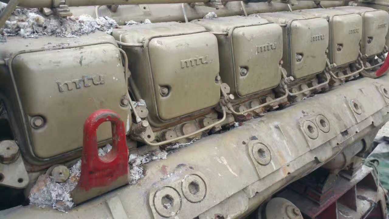 Used MTU engines and gearbox(stock 3 pcs) for sale 12V 396 TB93-2