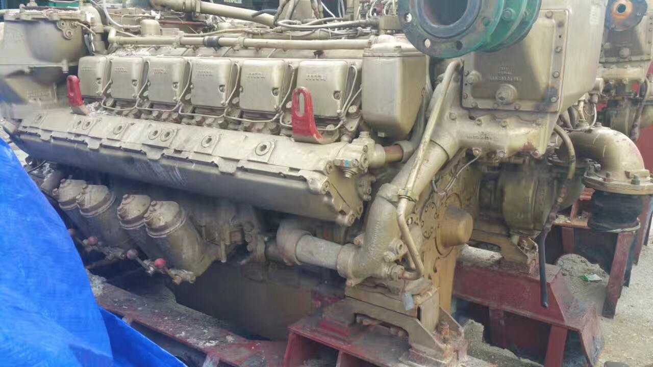 Used MTU engine and gearbox  12V 396 TB93  Engine serial number 5582201